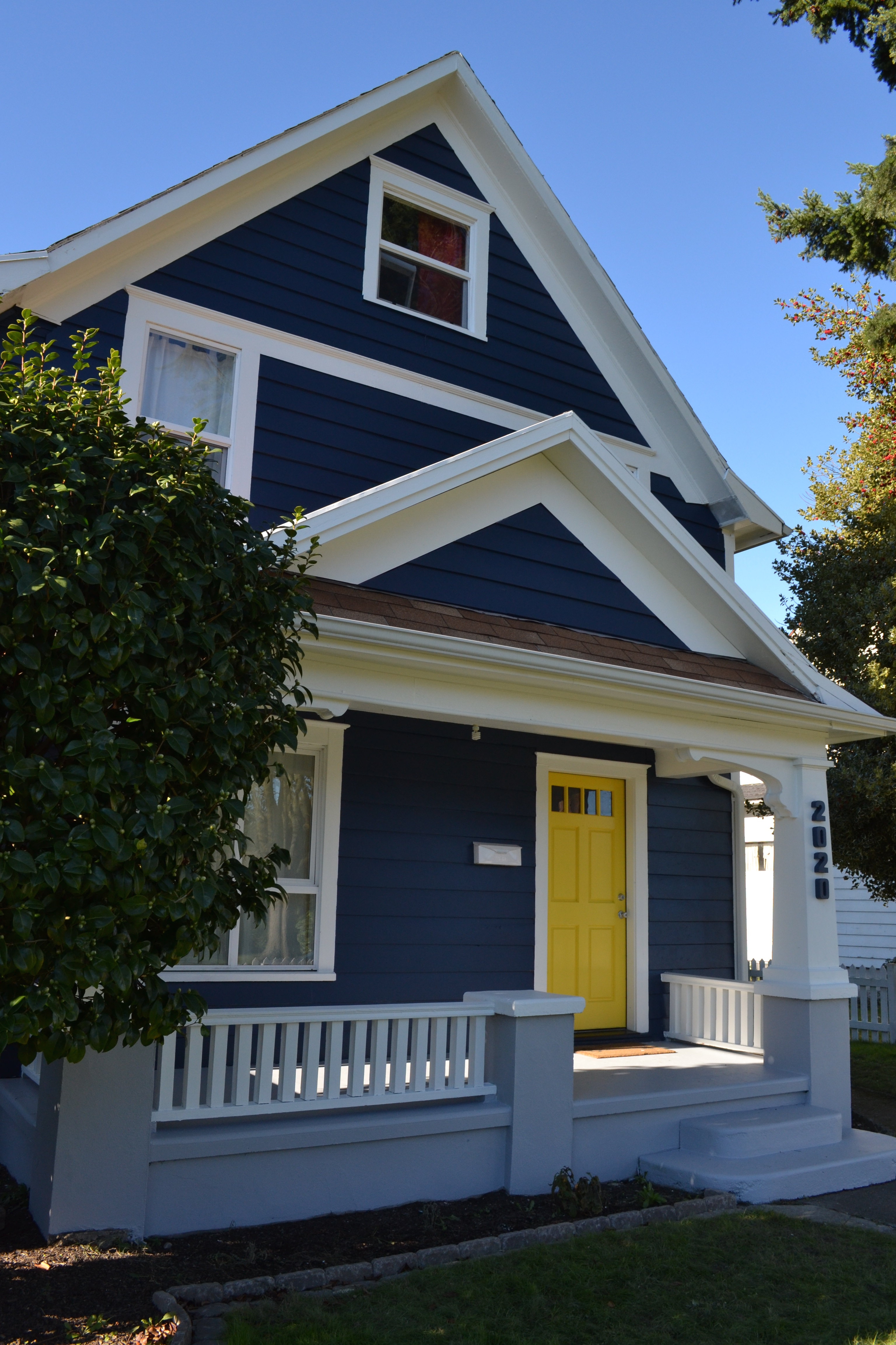 Navy house confessions of a type b mama - Houses with white trim ...